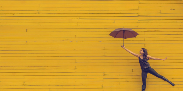 women-umbrella-yellow